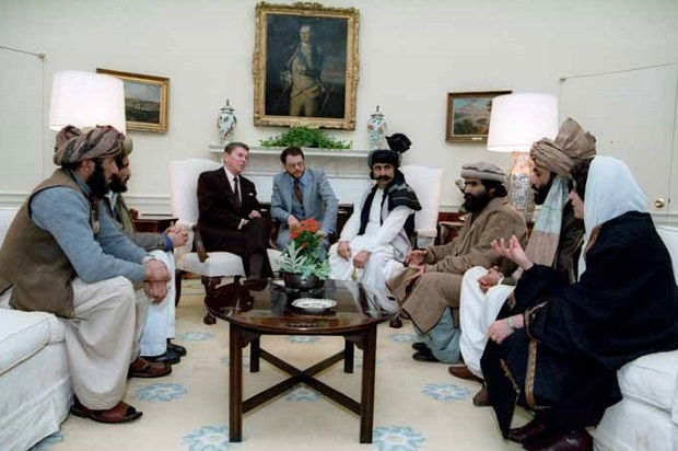 reagan-mujahideen-oval-office