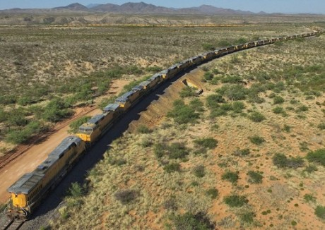 Union-Pacific-Engines-Google-Earth-460x326